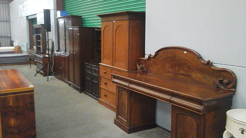 Furniture auction Pembrokeshire